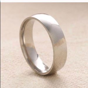 New 18 k white gold men's wedding ring